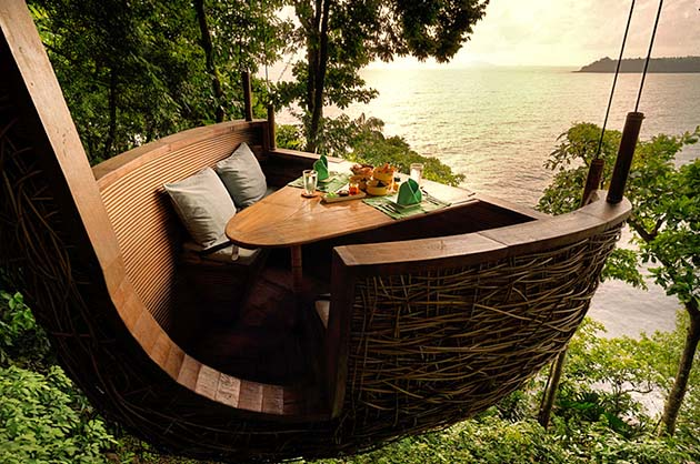 There's a spectacular view of the Gulf of Thailand from the Treetop Dining Pod.