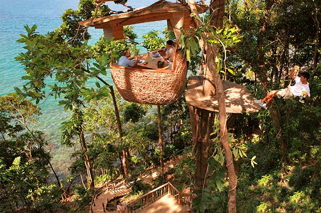 The Treetop Dining Pos is available for Breakfast, Lunch and Dinner.